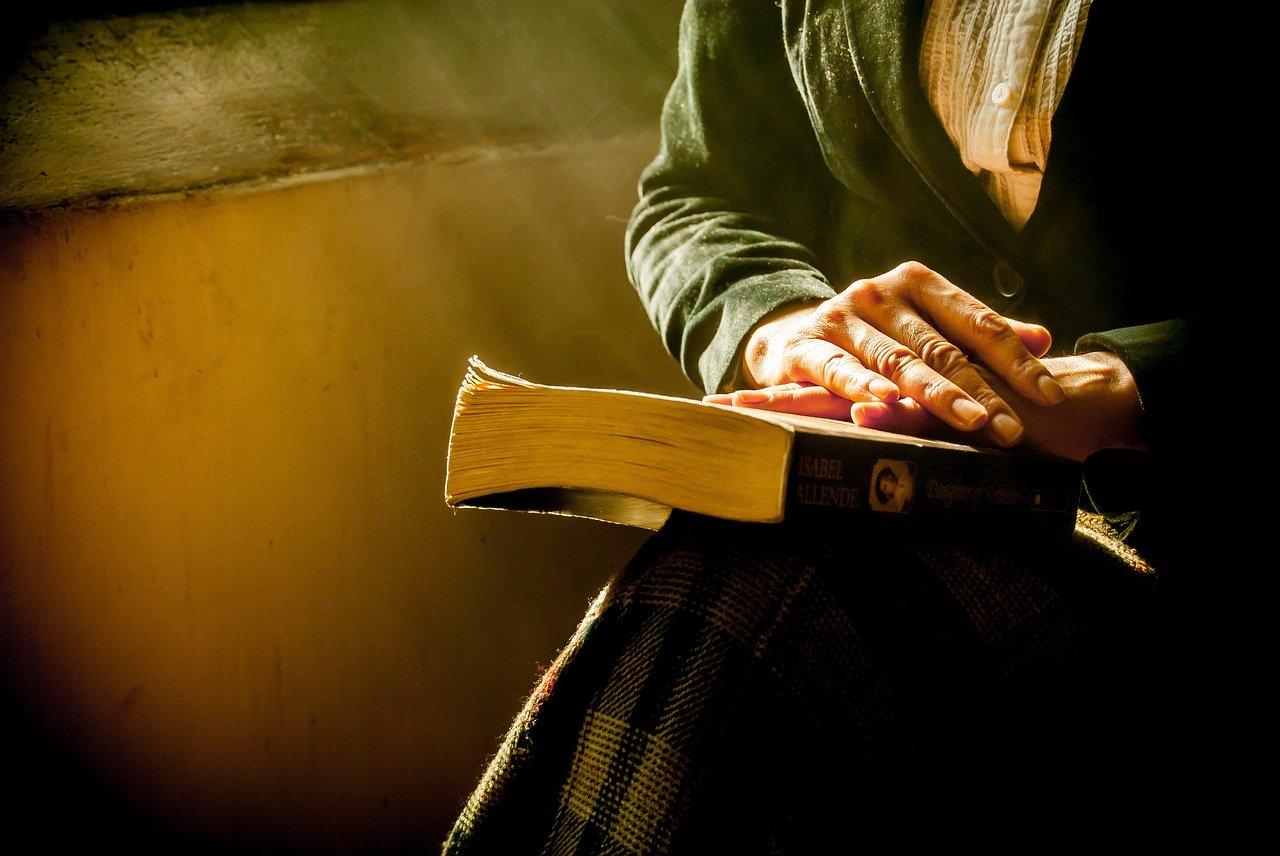Lesen! Das Online-Treffen für Buchbegeisterte